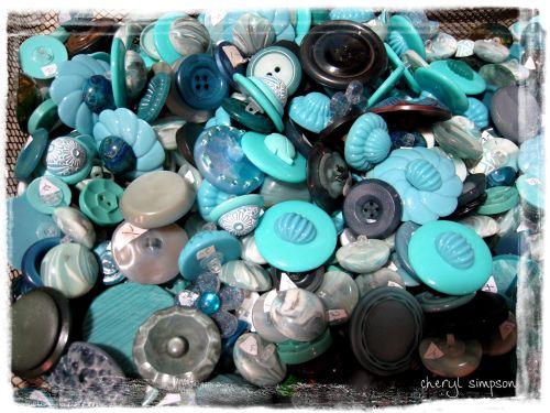 Blue-buttons