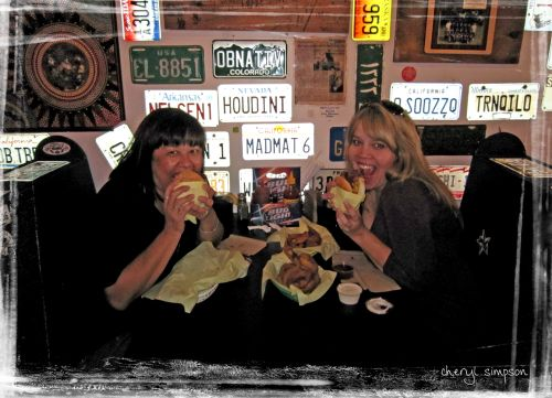 Cheryl-&-sally-at-Hodads