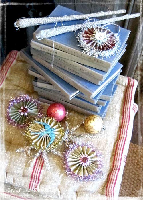T&M-Ornaments