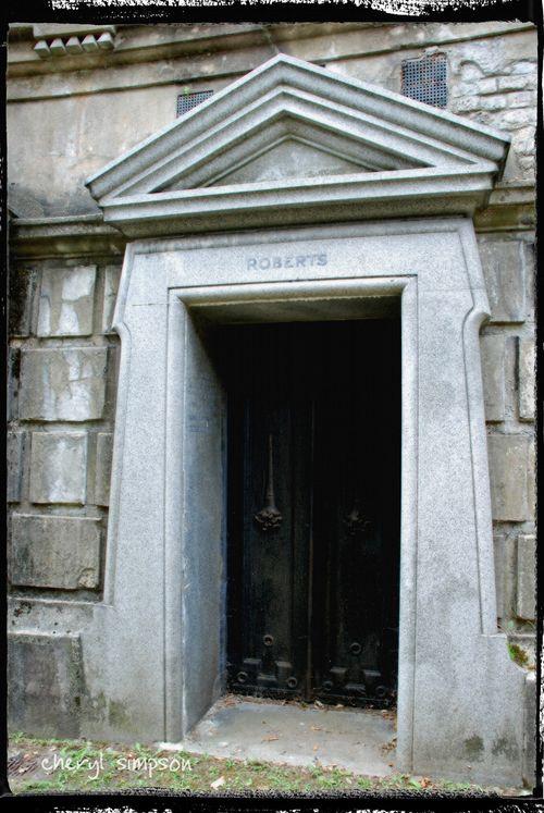 Roberts-Tomb
