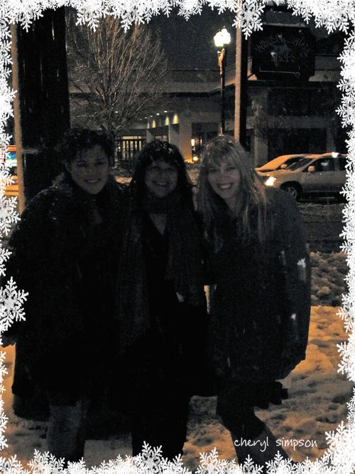 Girls-in-the-snow