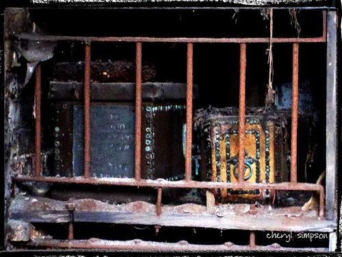 Inside-Crypt-4