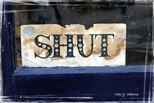 Shut-Sign