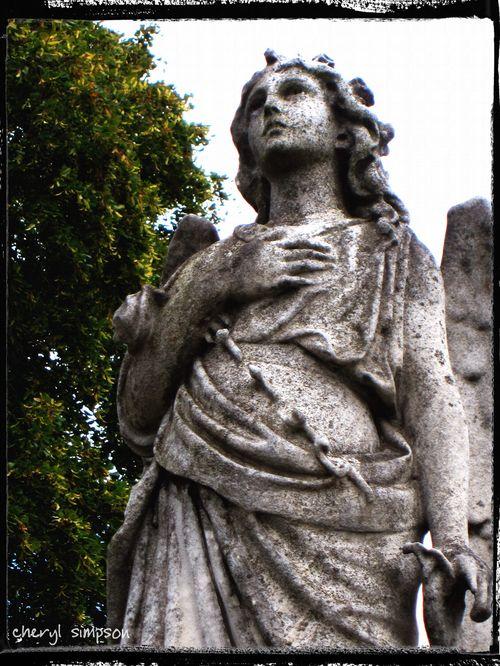 Angel-hand-on-heart